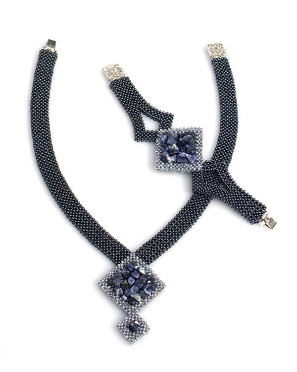 Beaded jewelry set by Galina Grebenschikova