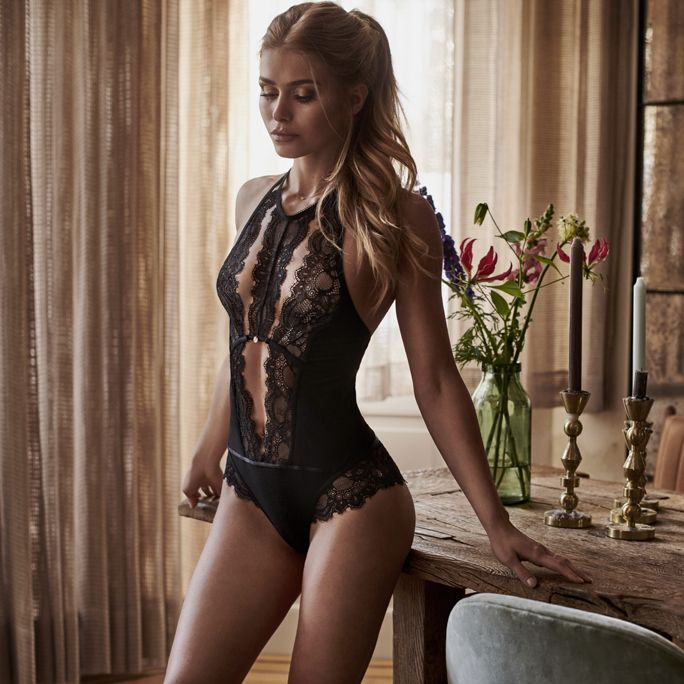 pamela-smart-lingerie