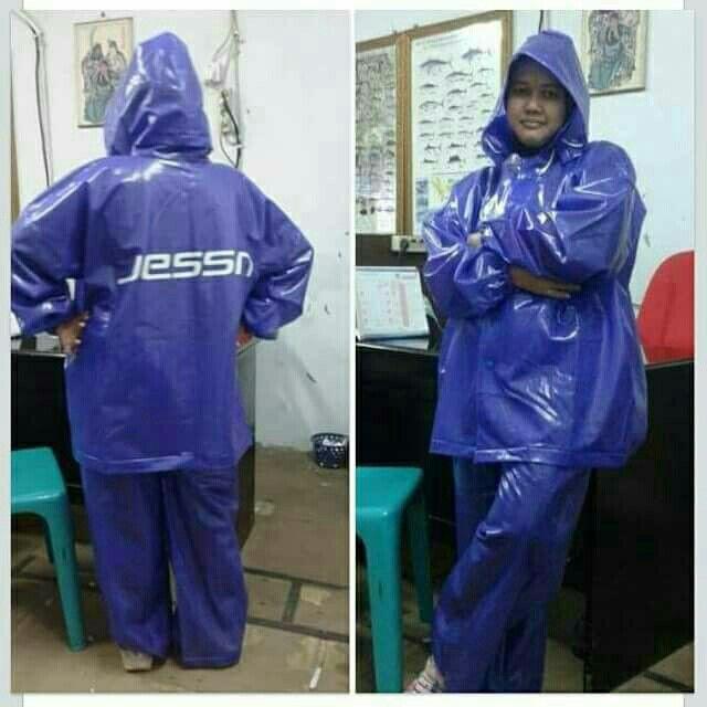 Saya menjual Jas Hujan Karet Jessn seharga Rp175.000. Dapatkan produk ini hanya di Shopee! https://shopee.co.id/ibusana/529577364/ #ShopeeID