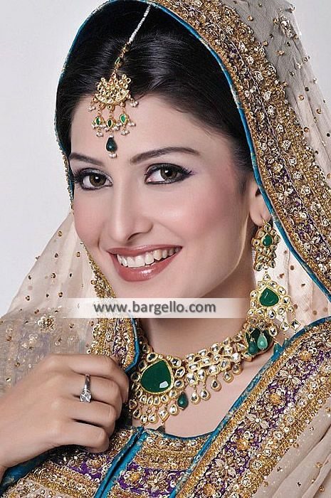 Astonishing Pakistani Bridal Jewellery Set - #925 #sterling #silver #Color: #Emerald, #ruby, #silver and #gold  #Zircon, #faux #gemstones, #beads and #kundan #24kt #Gold #Plated