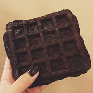 Use store-bought brownie mix instead of waffle batter to make chocolate waffles. | 11 Student Food Hacks All Human Disasters Will Appreciate