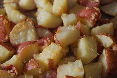 Oven Baked Parmesan Garlic Potatoes | Yummy Yummy | Pinterest