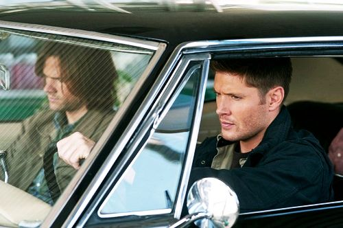 Picture from S8! :D They are looking so handsome, AND there's BABY!!! Jared's hair! Wow!Jared Padalecki, Cars, Jensen Ackles, Supernatural Seasons 8, Jensenackles, Dean O'Gorman, Dean Supernatural, First Pictures, Sam Winchester