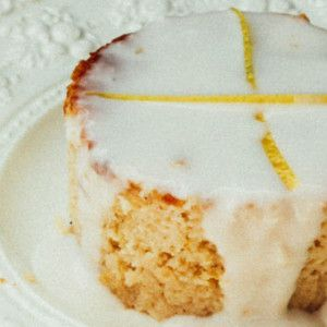 I Quit Sugar - Lemon Cake with Lemon Sauce