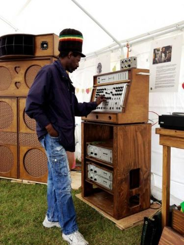The beautifully crafted Heritage HiFi Sound System by Paul Huxtable (Axis Soundsystem)