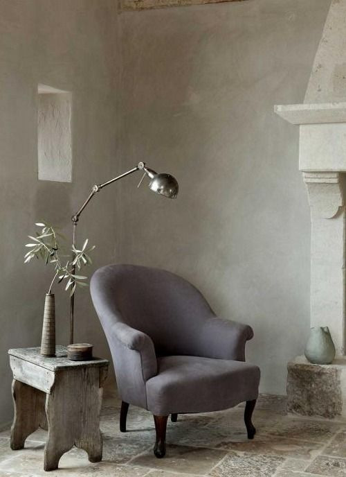 Have a seat, soothing all it need is one beautiful art work on the wall