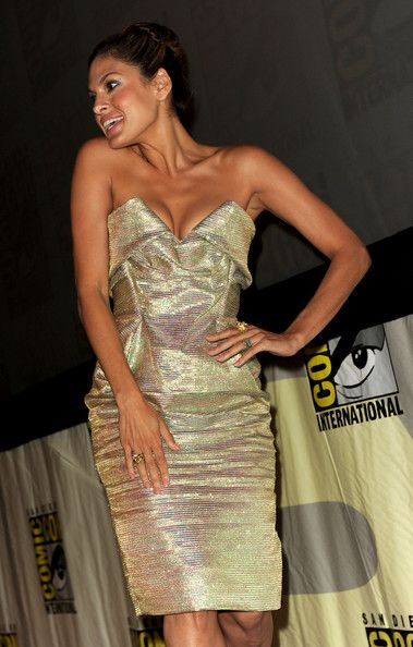 "Eva Mendes Photos - Sony Pictures Entertainment: ""The Other Guys"" Panel - Comic-Con 2010 - Zimbio"