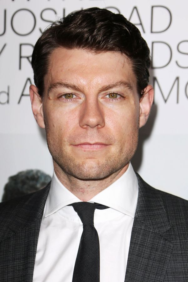 Almost Famous lead Patrick Fugit, who has been lying a little too low for our liking. And, yes, he cut his hair and he's looking good