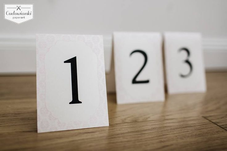 Wedding table numbers of pearl paper, pink, rose. Table decor. / Numery stołów wykonane na perłowym papierze.