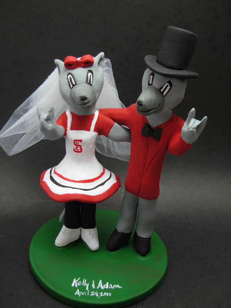 Custom made to order Wolfpack college mascot wedding cake toppers. $235 www.magicmud.com 1 800 231 9814 magicmud@magicmud... blog.magicmud.com twitter.com/... $235 #mascot #collegemascot #hokie #ms.wuf #gators #virginiatech #football mascot #wedding #toppers #custom #Groom #bride #weddingcaketoppers #caketoppers www.facebook.com/... www.tumblr.com/... instagram.com/... magicmud.com/Wedding photos.htm