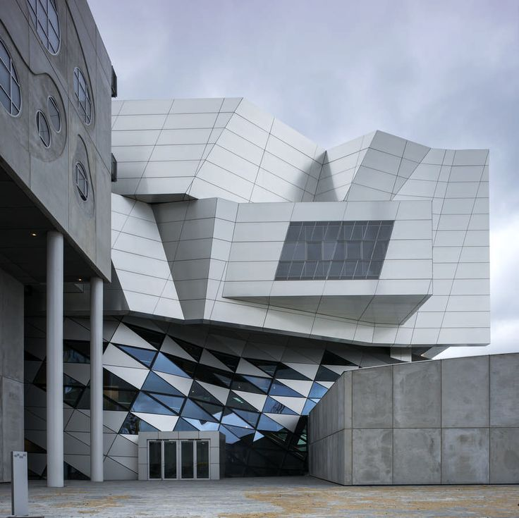 House of Music in Aalborg, Denmark, 2014, photograph by COOP HIMMELB(L)AU (photographer unattributed).