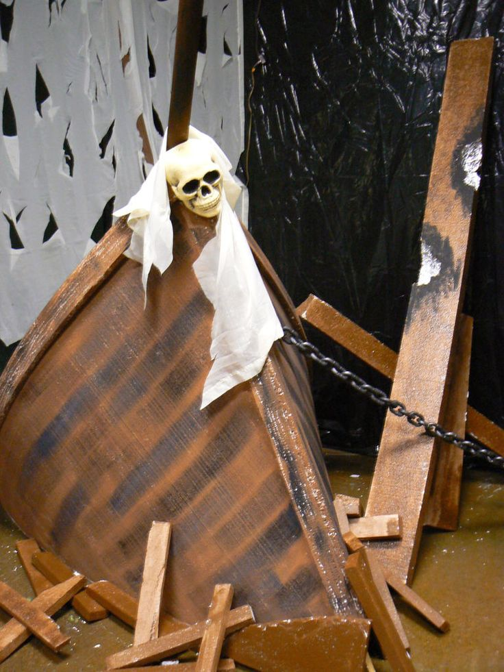 Haunted Pirate Ship on Best Halloween Theme Images On Pinterest Crafts