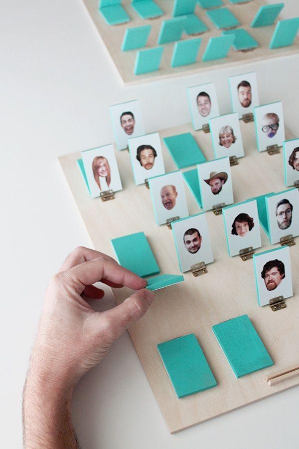 'Wie is het?' spelen met foto's van je familie, vrienden of beroemdheden! Leuk om zelf te maken!