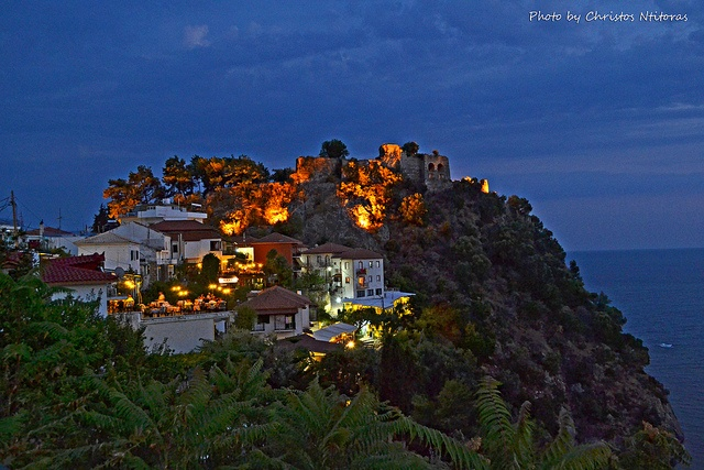 The castle of Parga by Christos Ntitoras (Ditoras), via Flickr