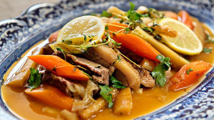 Kalvestek i ovn med grønnsaker
