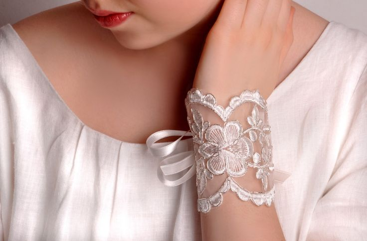 Bridal wrist corsage. Bridesmaid gift, friendship, maid of honour. Tulle Lace Bracelet. Statement cuff,bridal cuff, off white lace bracelet by semajewelry on Etsy https://www.etsy.com/listing/189131008/bridal-wrist-corsage-bridesmaid-gift