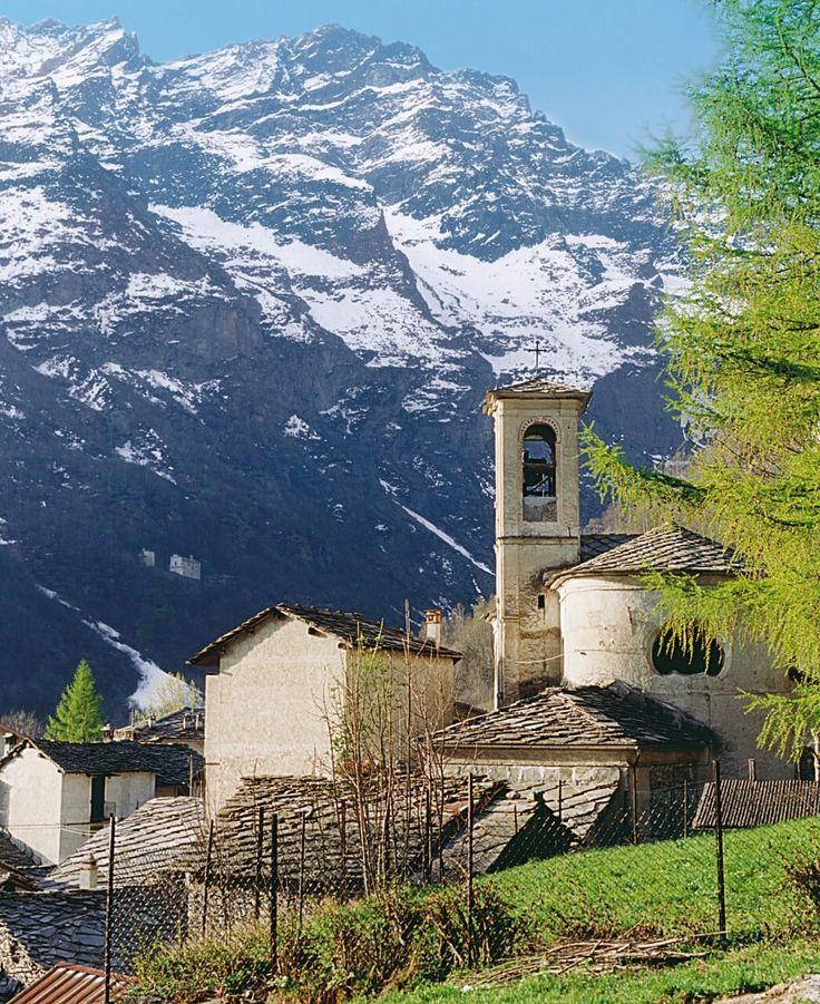 Una selezione dei percorsi trekking più affascinanti del Piemonte che, grazie alla vasta rete di sentieri, è meta ideale per l'Outdoor!