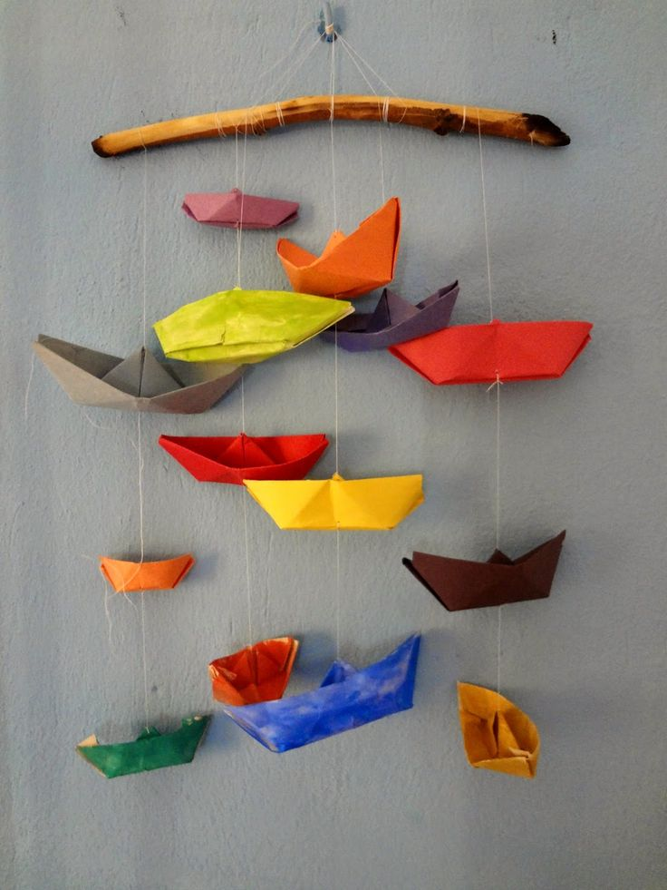 Little Treasures: Driftwood Hanger for Paper Boats - A Tutorial