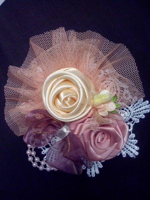 Brooch/headpin soft colour ribbon satin with organza