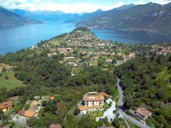 2 Star family run Hotel with overtaking lakeviews    Perfect Location for a relaxing and Romantic stay overlooking Lake Como.
