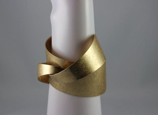 3D Twisted Bracelet  www.laststop.ca
