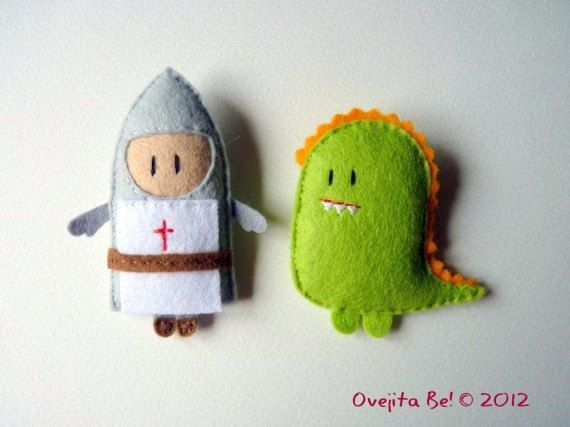 The knight and the dragon pack Felt brooches by ovejitabe on Etsy, €20.00