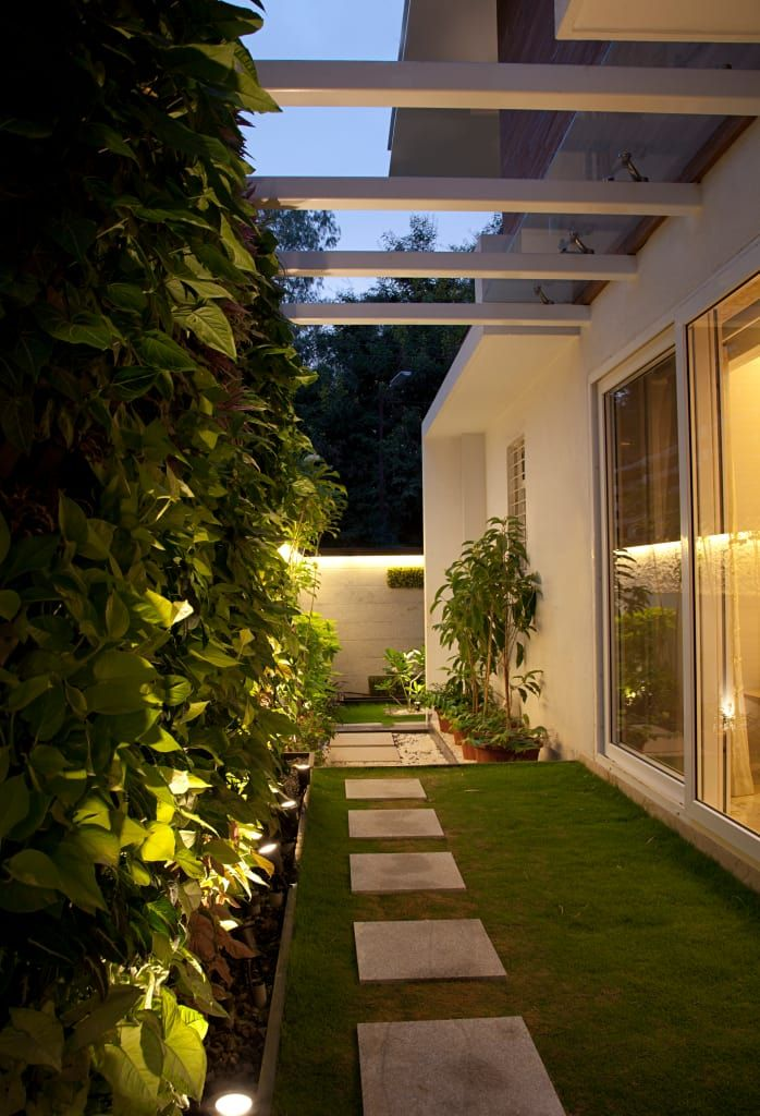 By The Bnk Group Homify Side Yard Landscaping Home Garden Design Outdoor Gardens Design