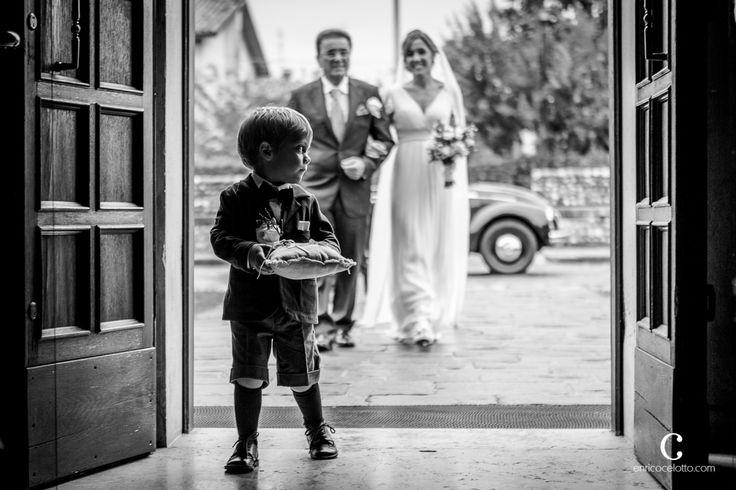 #wedding #weddingreportage #weddinginitaly #reportagewedding #love #wedding #child #weddingchild #italy #enricocelotto #enricocelottophotographer