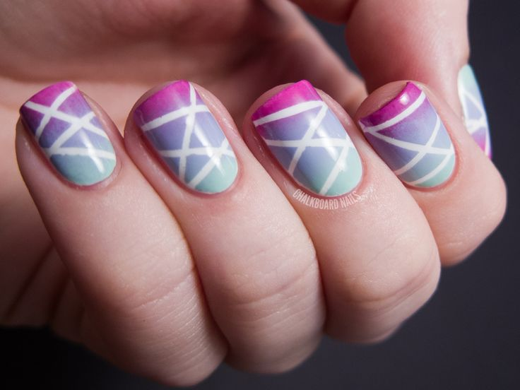 Lines on Ombre Nail Design
