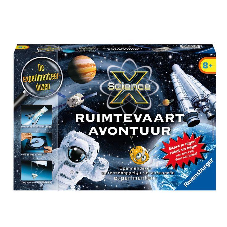 Hoe werkt een raket, hoe oefenen astronauten met de gewichtloosheid en hoe lang ben je onderweg naar de maan en weer terug? Ga mee op een avontuurlijke reis door het heelal en ontdek van alles wat een echte astronaut weten moet. Daar gaan we - ontdek aan de hand van spannende experimenten de wereld van de ruimtevaart. Inhoud van de doos:Raketstraalpijp, was, tol (punt en houder), kunststof reageerbuisje met deksel, 3 rietjes, planeetkaarten, krijt, schuurpapier, schuimblok, draad, 2…