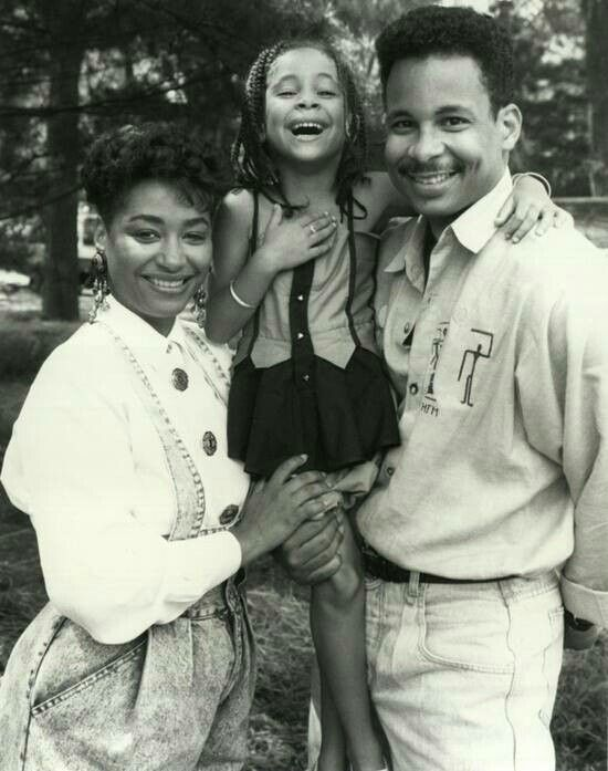 Raven Symone and her parents