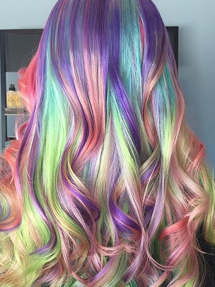 Un arc-en-ciel de couleurs jusqu'à vos cheveux                              …