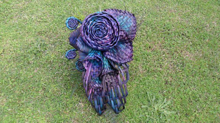Brides bouquet flax flowers.