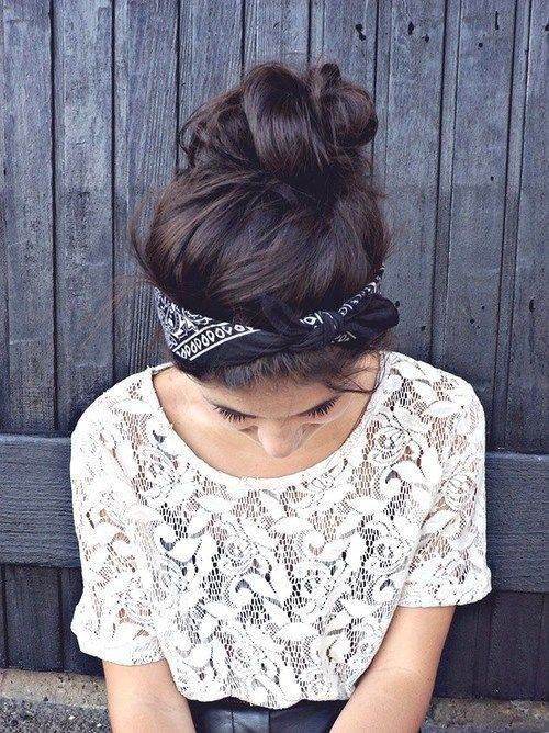 messy bun with bandana ♥