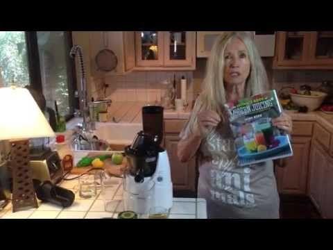 Mimi Kirk's hormone balancing juice - YouTube