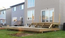Backyard decks and patios are a great addition to any home in Ottawa because they provide you with an outdoor living space to use for a variety of different functions. Regardless of the style, design, or layout, our in-house Ottawa deck expert can guide you through the process to ensure your end product suits the needs of your family.