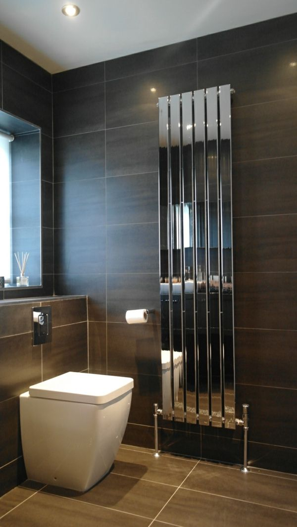 vertikaler heizk rper mit spiegelfronten badezimmer pinterest design. Black Bedroom Furniture Sets. Home Design Ideas