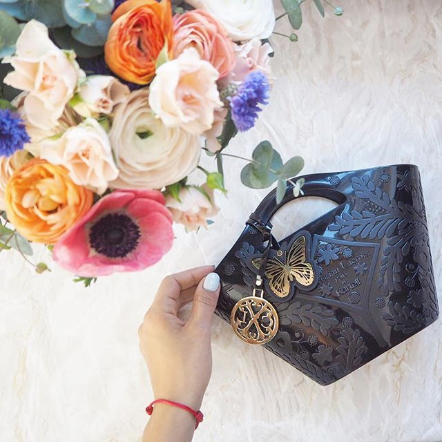 Mini Paseo bag by Kartell & Christian Lacroix | Ph. The Glam and Glitter