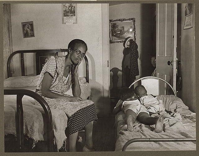Parks, Gordon, photographer. Created/Published: 1942 Aug