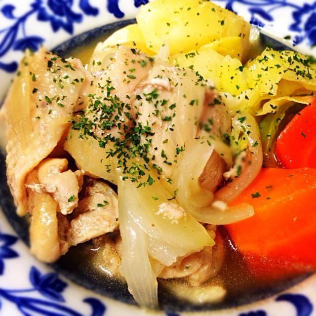 2月3日夕食メニュー ⚫︎鶏肉と野菜のポトフ ⚫︎イタリアンサラダ ⚫︎茸のクリームスープ - 7件のもぐもぐ - 鶏肉と野菜のポトフ by 下宿hirota&メゾンhirota