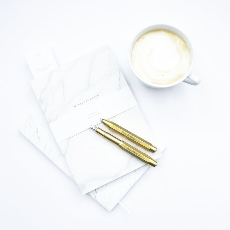 Planery Basic Textures od Studio of Basic Design oraz Pióro i Długopis Kaweco Brass Sport / photo credtis: NOTEKA