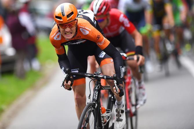 Pieter Weening on the attack at de Brabantse Pijl