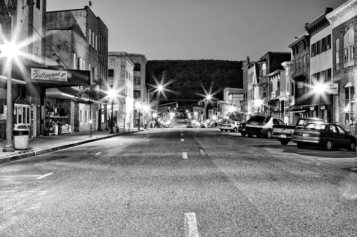 My hometown downtown (Oak Street) - Mount Carmel, PA  seanswatsky.com