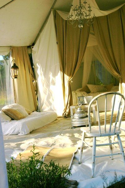 : Glamping, Floors, Dreams, Ceilings Curtains, Tent, Diaries, Camps, Guest Houses, Outdoor Spaces