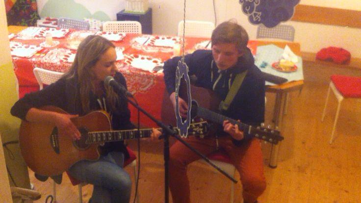 Koncert z učebny :)   Maella a Dalibor Hrubeš.