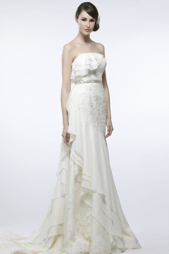http://www.modwedding.com/2014/10/30/saison-blanche-wedding-dresses-graceful-elegance/ #wedding #weddings #wedding_dress