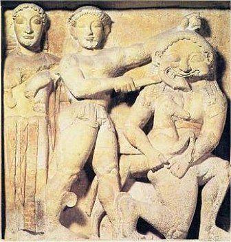 Mitologia - Medusa, la Gòrgone dai bei capelli Medusa era una delle Gòrgoni e l'unica delle tre che fosse mortale. La leggenda la vuole dotata di grande bellezza della quale s'invaghì il dio del Mare Nettuno (Poseidone), che, sotto le sembianze d #gorgoni #medusa #minerva #nettuno