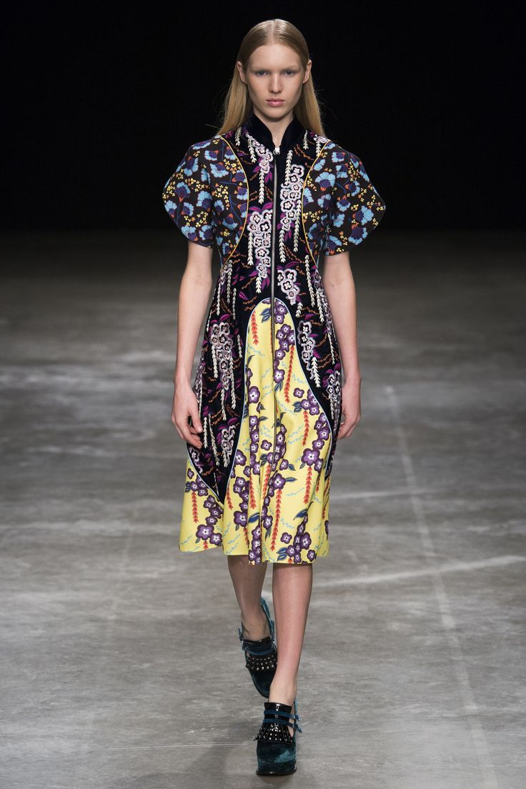 Mary Katrantzou Fall 2017 Ready-to-Wear Fashion Show