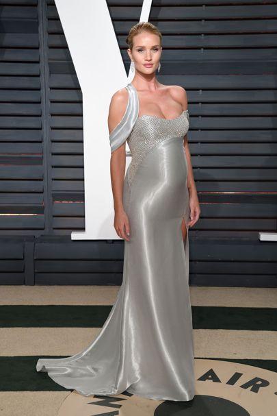 Gorgeous Rosie Huntington-Whiteley - Celebrity Maternity Style Pregnant Fashion Inspiration | British Vogue