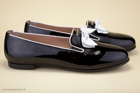 Fine beauty, Italian excellence. Shop Pakerson shoes for women. - Raffinata bellezza, eccellenza Italiana. Indossate le scarpe Pakerson per donna. http://store.pakerson.it/woman-moccasins-22292-nero.html